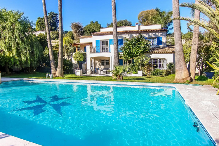 Villa avec piscine et appartement indépendant