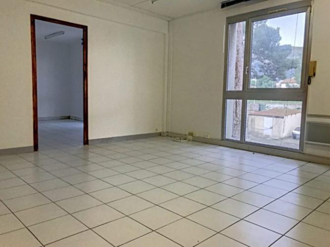 9E - LOCATION PRO BUREAU/LOCAUX 42M² Roy d'Espagne