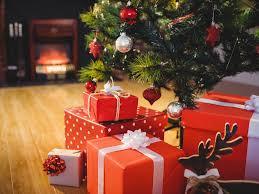 Noel 2020, les Français se ruent vers les cadeaux de seconde main